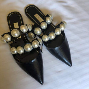 Zara Black Point Nose Pearl Detail Sandals Size 39